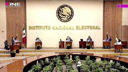 Acata INE sentencias del TEPJF y sustituye candidaturas - Central Electoral